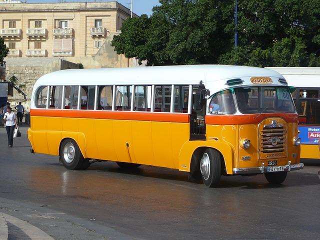 Wynajem busów - komfortowo i szybko