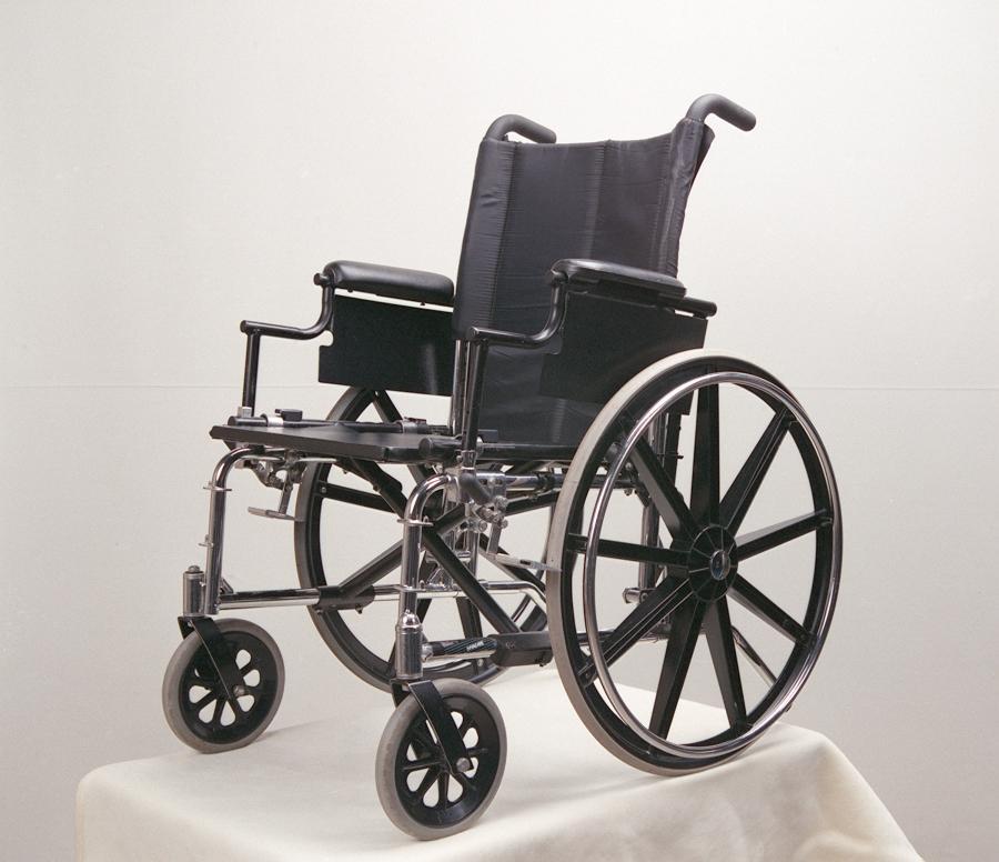 jak zmieścić wózek inwalidzki w samochodzie?